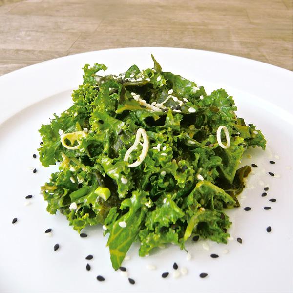 Kale & seaweed salad | Vegan & Demanding